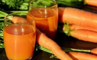 Морковный сок при гастрите рекомендуют многие диетологи
