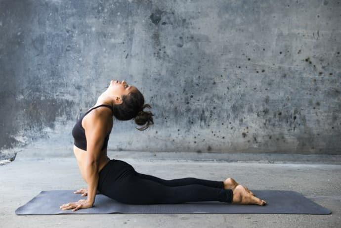 Поможет ли йога при головокружении. если его причина гастрит