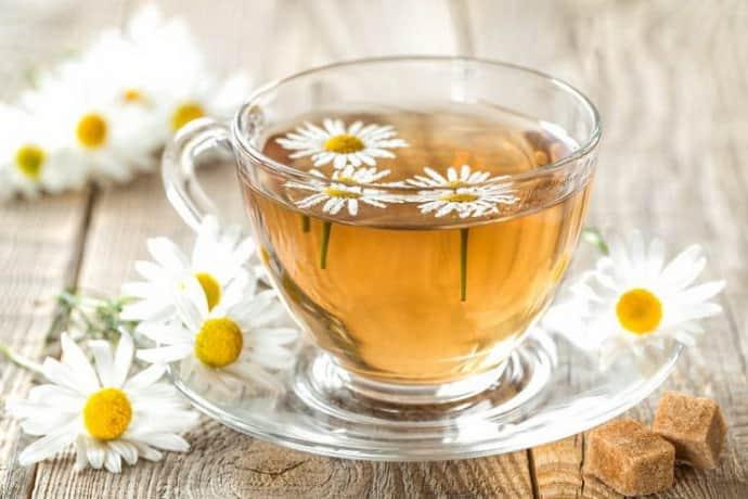 Ромашковый чай– средство от изжоги во время беременности