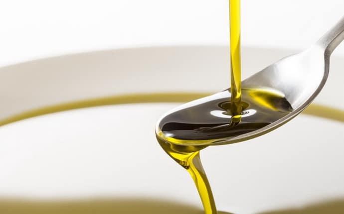 Льняное масло при гастрите – полезные свойства, приготовление и употребление