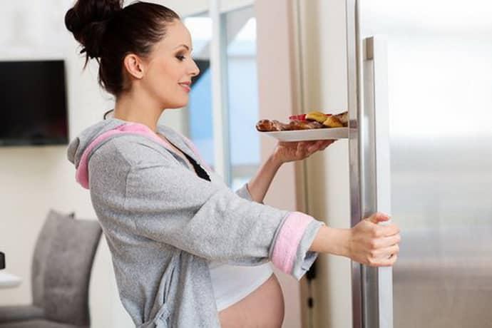 Не правильное питание при беременности провоцирует изжогу