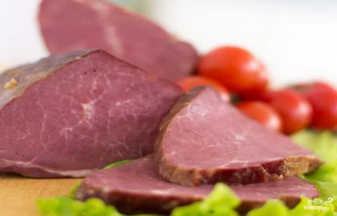 Копченое мясо при гастрите запрещено