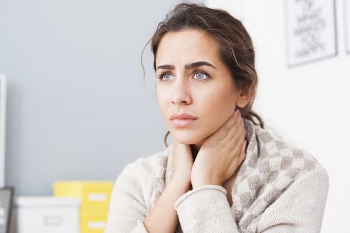 финики при болезни горла