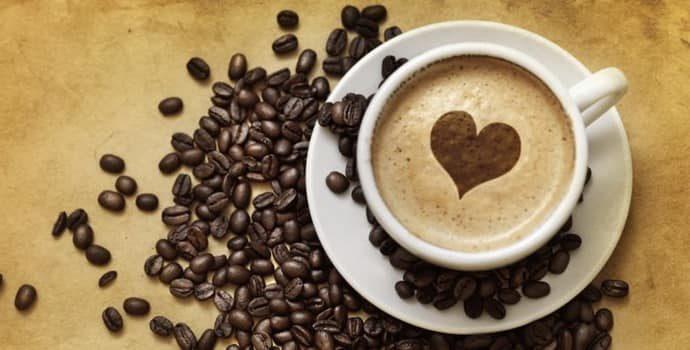 Причины появления изжоги от кофе: механизмы действия на организм