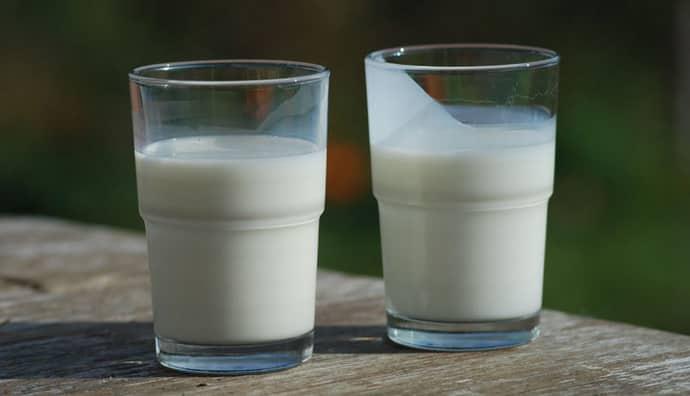 Как пить молоко при изжоге