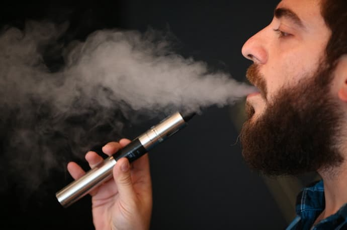 Можно ли курить электронную сигарету при гастрите