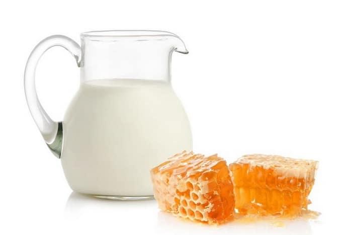 Молоко с прополисом при гастрите