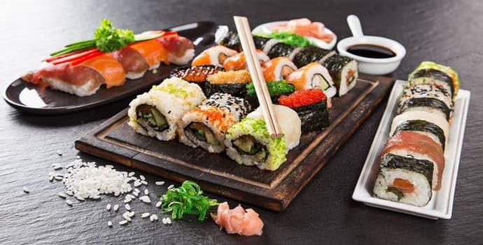 Можно ли суши при гастрите: действие компонентов на желудок