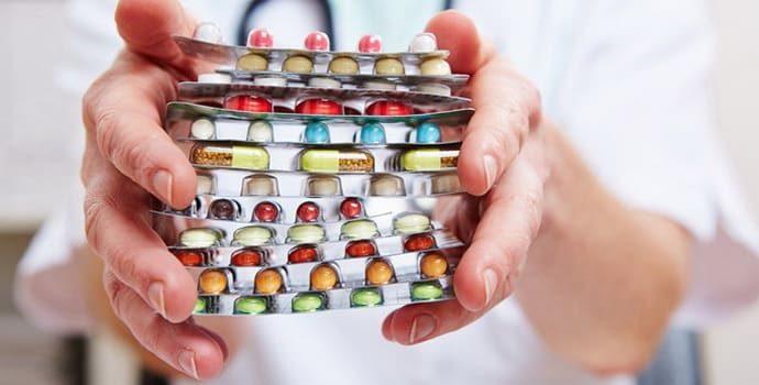 Таблетки от гастрита: группы лекарств, названия и особенности