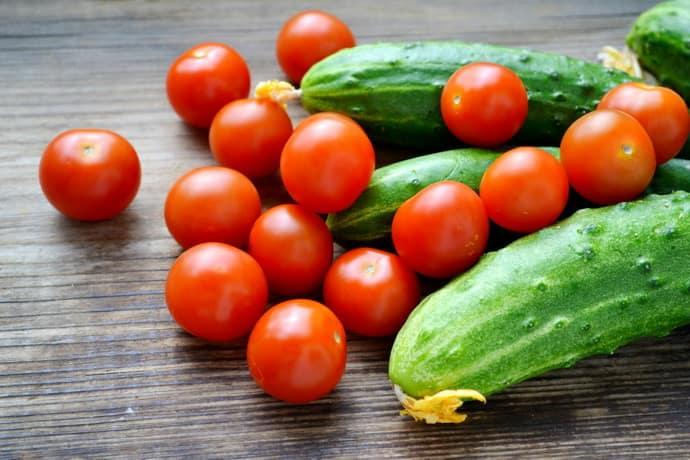 Огурцы и помидоры при язвенном колите