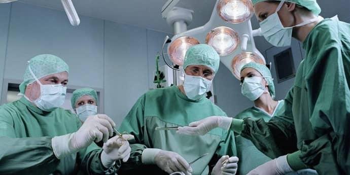 Операция по удалению паропрактита